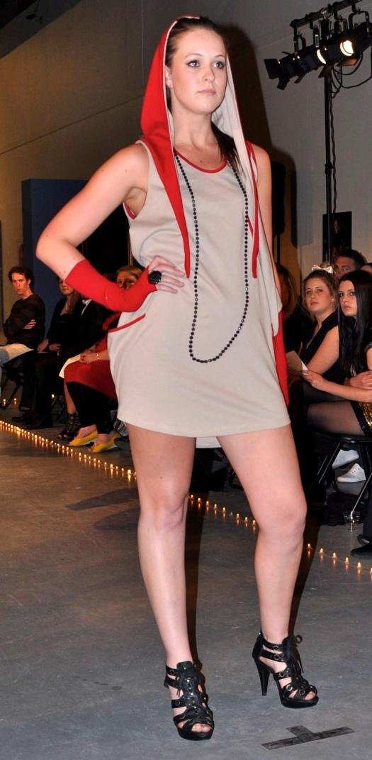 autumn winter collection, winter dress, hooded dress, melbourne, fashion, fashion blog, merino wool,