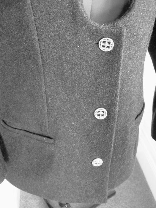 melbournedressmaker-customdressmaking-tailoredcoats-madetomeasure